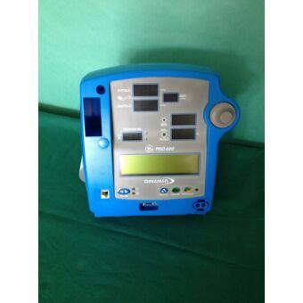 GE Dinamap PRO 400 vérnyomásmérő