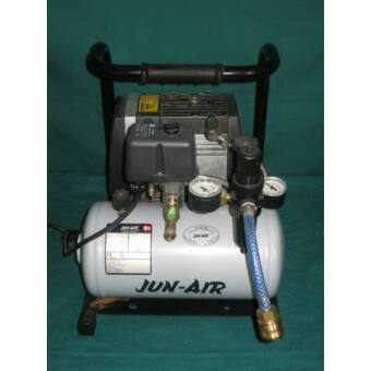 JUNAIR OF301-4B Hordozható kompresszor 68 l